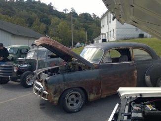 """'50 Chevy """"Bella"""" Build"""