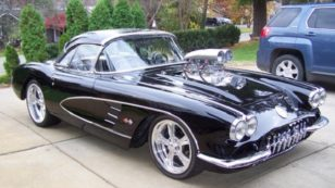 Today's Cool Car Find is this 1960 Chevrolet Corvette
