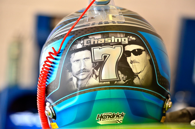 Johnson had a special helmet made that he wore every race this year. After the race at Honestead-Miami,he gave it to Tony Stewart as a retirement gift. Image credit: