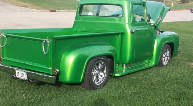 Today's Cool Car Find is this 1956 Ford F-100