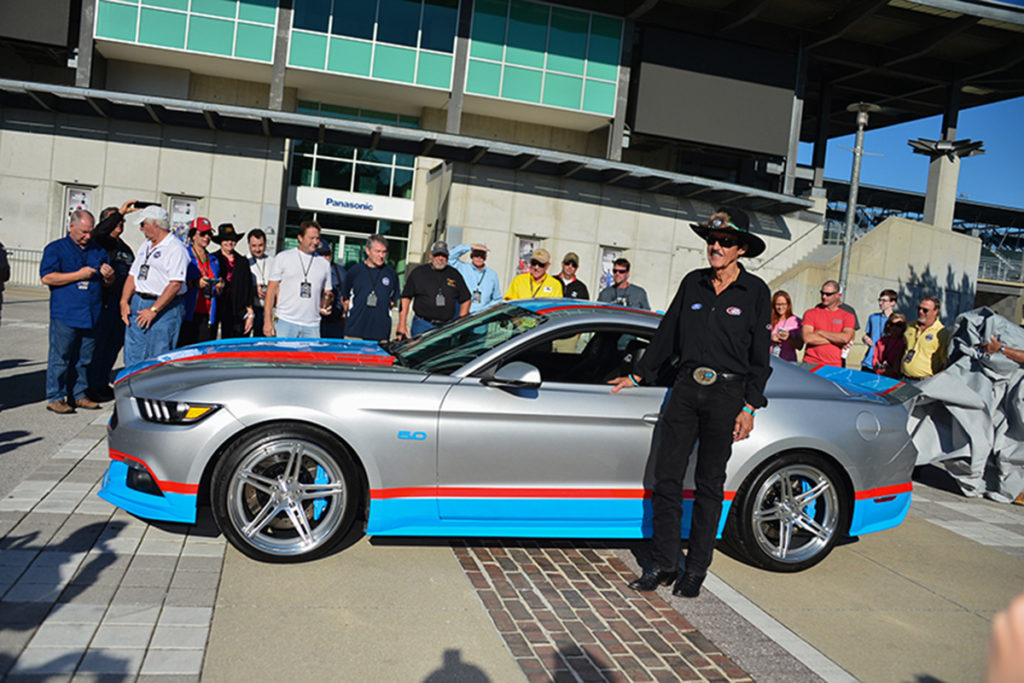 King Richard was on hand to introduce the Petty Garage 2017 King Edition Mustang GT.