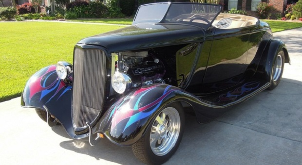 Today's Cool Car Find is this 1933 Ford Custom Roadster