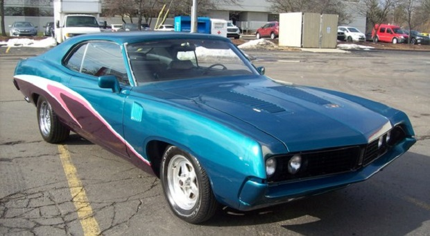 Today's Cool Car Find is this 1971 Ford Torino 500