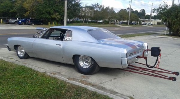 Today's Cool Car Find is this 1972 Chevrolet Monte Carlo
