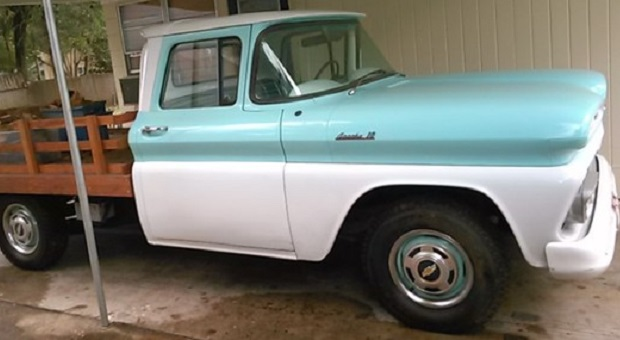 Today's Cool Car Find is this 1961 Chevrolet C10 Pickup