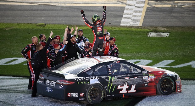 Kurt Busch Stretches Fuel to Win First Daytona 500