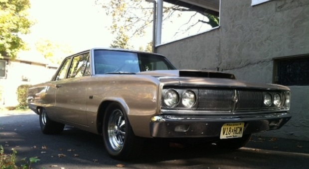 Today's Cool Car Find is this 1967 Dodge Coronet