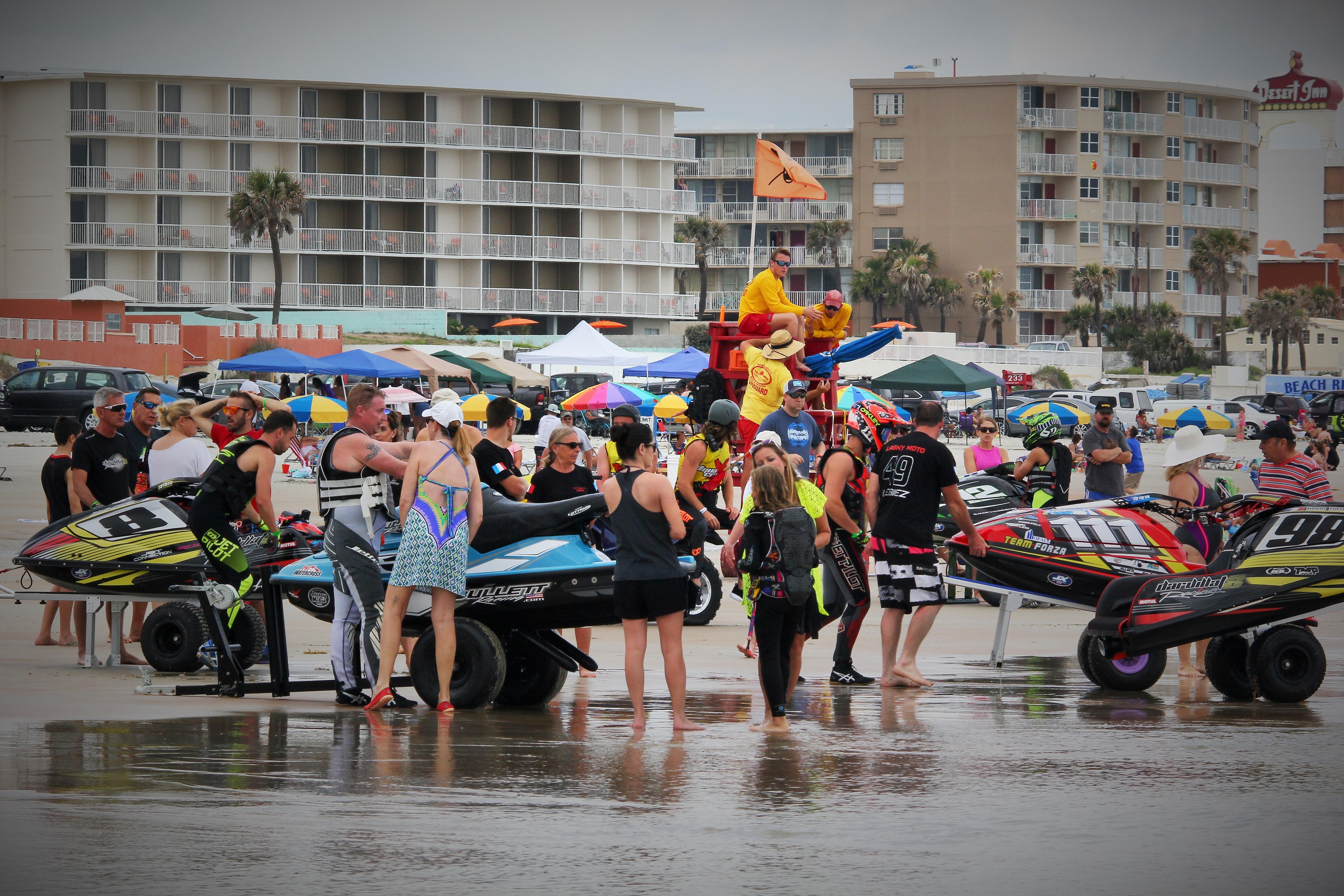 Aqua X Races
