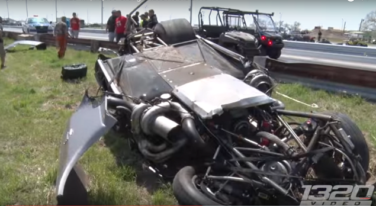 [Video] Big Crash in $10,000 Drag Race Grudge Match