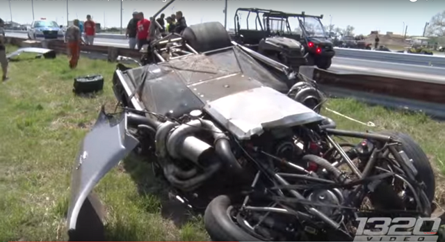 Video Big Crash in 10000 Drag Race Grudge Match  RacingJunk News