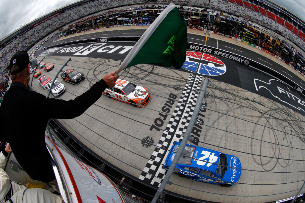 BRISTOL, TN - APRIL 24: Kyle Larson, driver of the #42 Credit One Bank Chevrolet, and Chase Elliott, driver of the #24 Mountain Dew/Little Caesars Chevrolet, take the green flag to start the Monster Energy NASCAR Cup Series Food City 500 at Bristol Motor Speedway on April 24, 2017 in Bristol, Tennessee. (Photo by Sean Gardner/Getty Images)