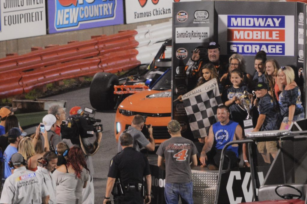 Tommy Neal Wins Sportsman 100 at Bowman Gray Stadium