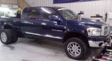 Today's Cool Car Find is this 2006 Dodge 3.0 Pulling Truck