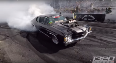 [Video] Biggest Burnouts EVER from Summernats 30