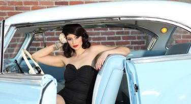 Pinup of the Week: Miss Yvette L'amour