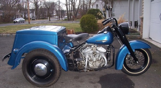 Today's Cool Car Find is this 1963 Harley Davidson Servi Car