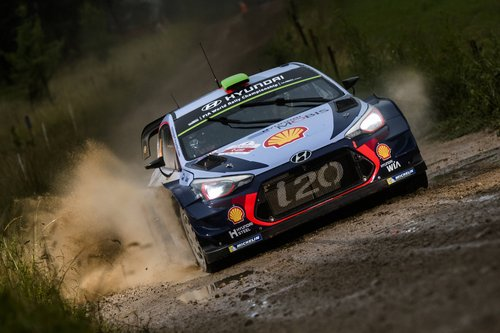 Hayden-Paddon-splashes-his-way-to-second-place-in-Poland