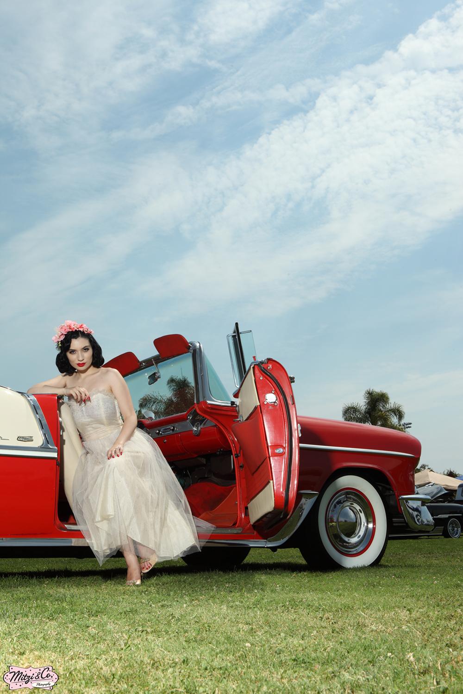 Pinup of the Week: Miss Vintage Lady
