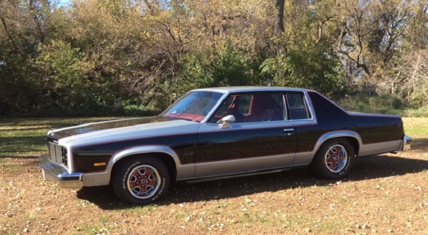 Today's Cool Car Find is this 1977 Oldsmobile Delta 88