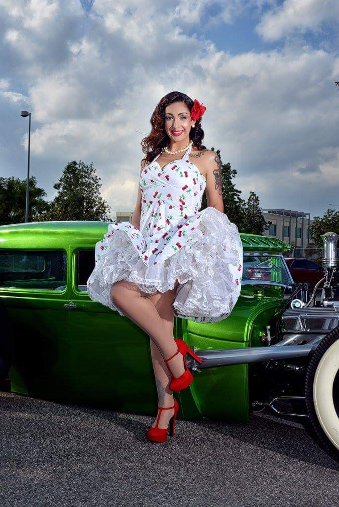 Pinup of the Week: DollyCee
