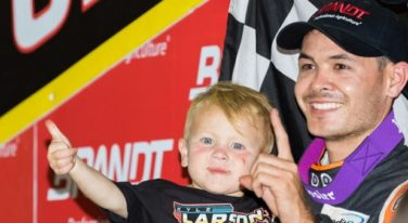 Larson Will Race at Knoxville Nats
