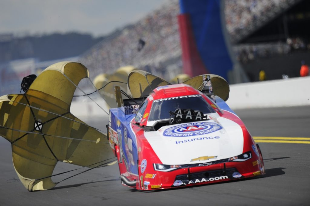 Kalitta, Hight, Gracy Kick off NHRA Countdown in Carolina