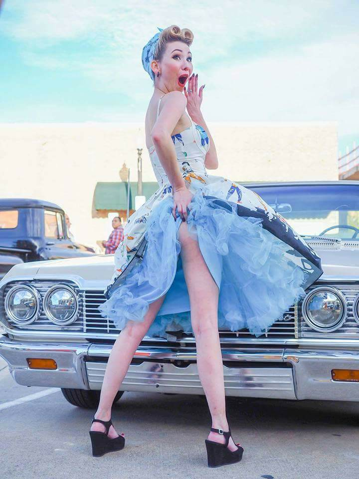 Pinup of the Week: Emily Doll
