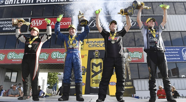 Torrence and Capps Earn Eighth Victories at 2017 AAA Insurance NHRA Midwest Nationals