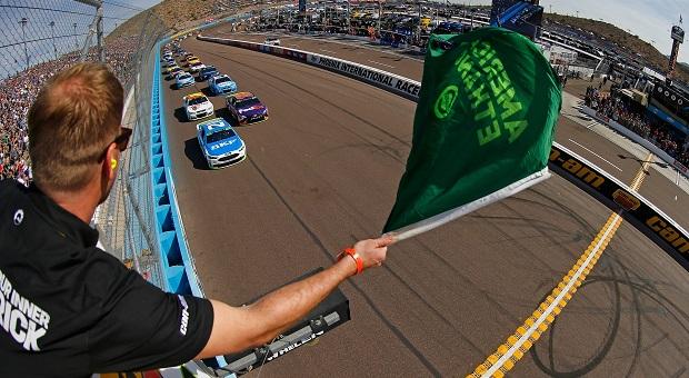 Sauter, Byron and Kenseth Visit Victory Lane at Phoenix International Raceway