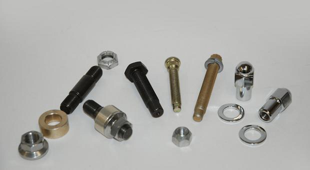 Wheel Studs and Lug Nuts, Hooray! Part 1