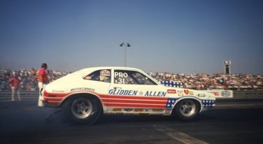 "Ford Sets Glidden ""85/10"" Award for Drag Racers"