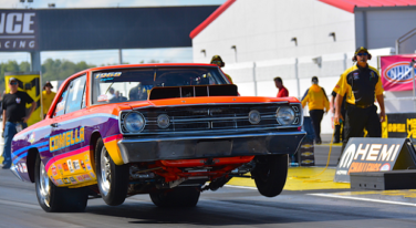 Dodge Celebrates Happy Hemi Days