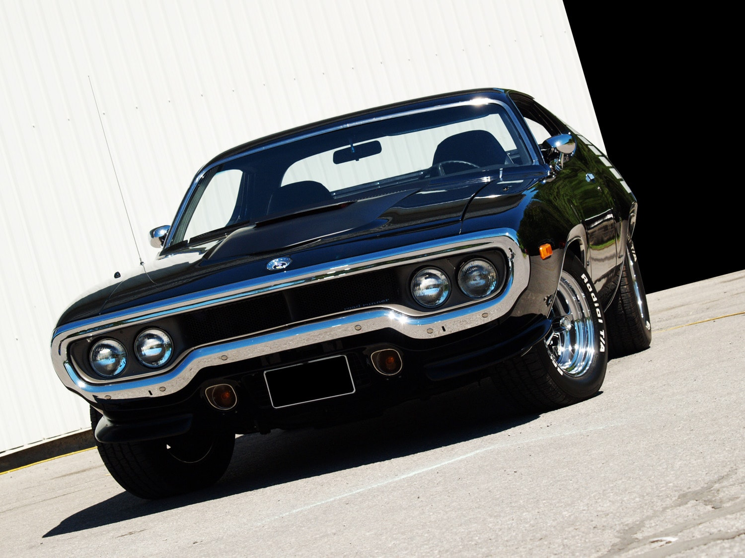 Muscle Car Madness: 1972 Plymouth Roadrunner