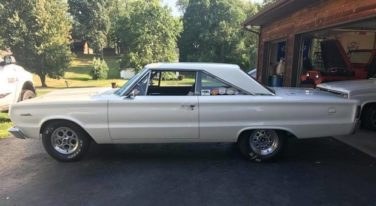 Today's Cool Car Find is this 1967 Plymouth Satellite for $15,000