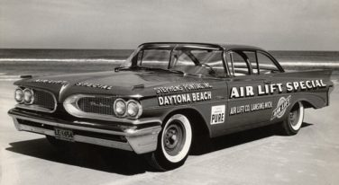 Pontiacs Were February Flyers at Daytona