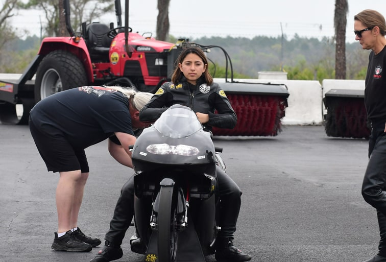 Jianna Salinas Finds Her Pro Stock Motorcycle Footing