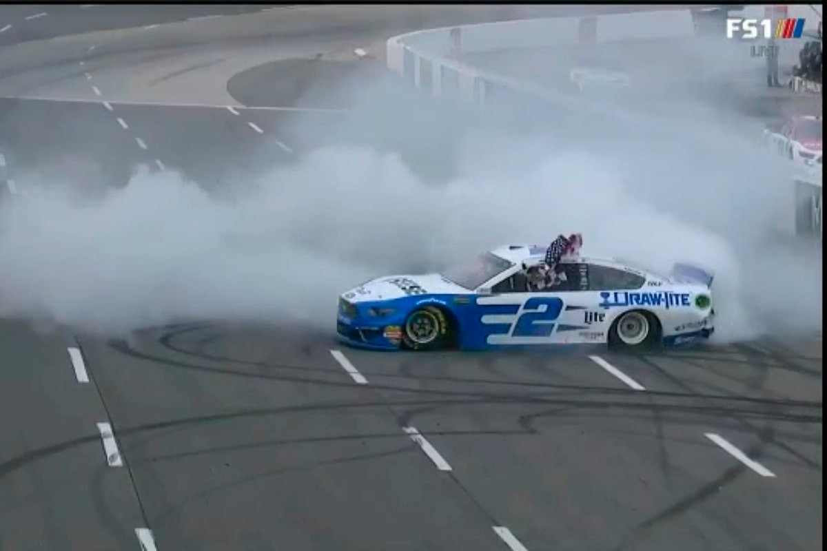 Kes and Rowdy Dominate at Martinsville
