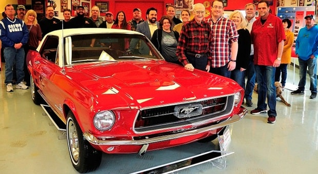 WWII Vet's Mustang Restoration Goes from Horror to Joy with Community Help