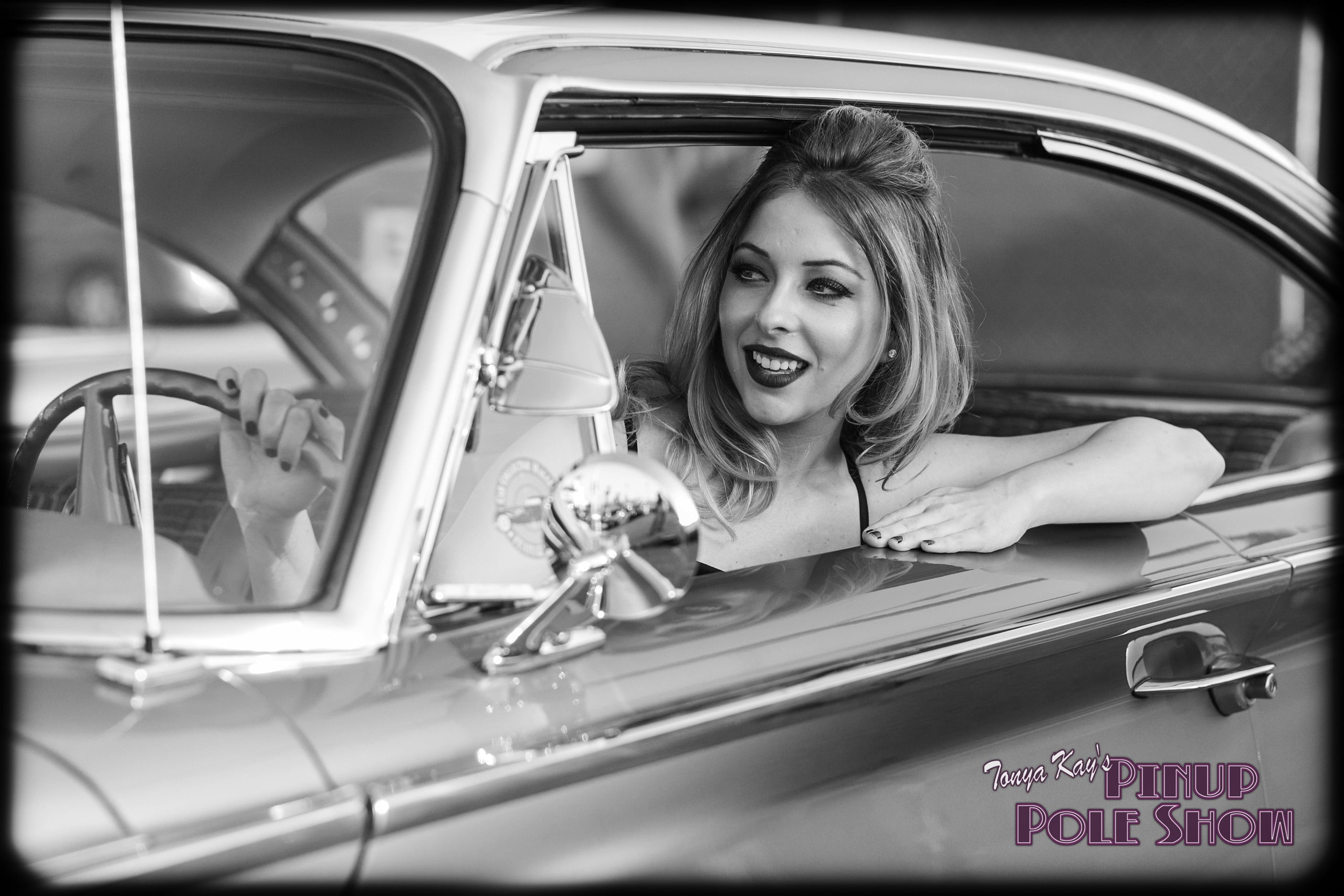 Pinup Pole Show Pinup of the Week: Robyn Baker