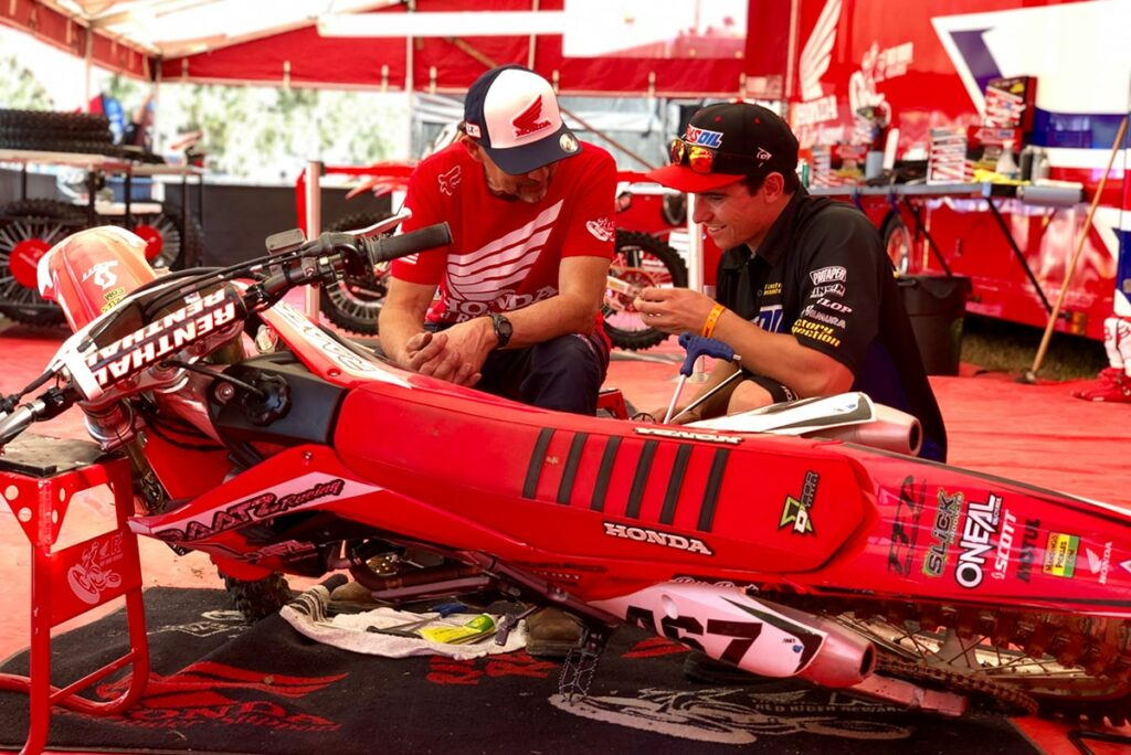 Honda Red Rider Support Program Adds New Team and Dealers in 2019