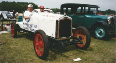 Pontiac Owner Seeks Info on His Prewar Race Car
