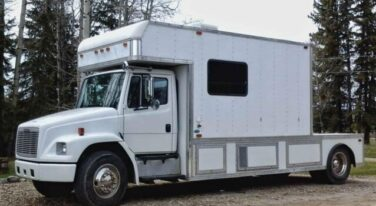 Today's Cool Car Find is this 1992 Freightliner Toterhome for $29,900