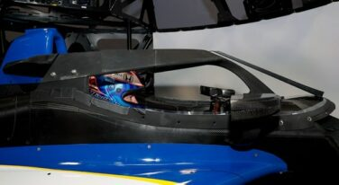 Dixon Tests INDYCAR Aeroscreen On Simulator