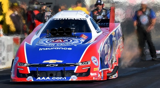 Hight Aiming for NHRA Funny Car Title No. 3