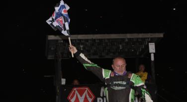 Owens Wins at Davenport Speedway