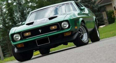 Muscle Car Madness: 1972 Ford Mustang Mach 1 351