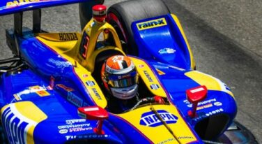 NTT IndyCar Battle Down to the Wire