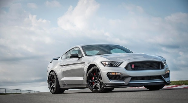 2020 Mustang Shelby GT350R Gets Chassis Upgrade from Big Brother GT500