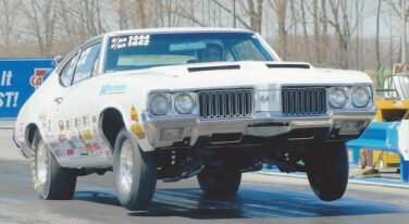 Today's Cool Car Find is this 1970 Oldsmobile 442 for $28,000