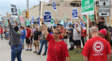 General Motors Strike Leads to Temporary Layoff  of 1,200 Workers in Canada